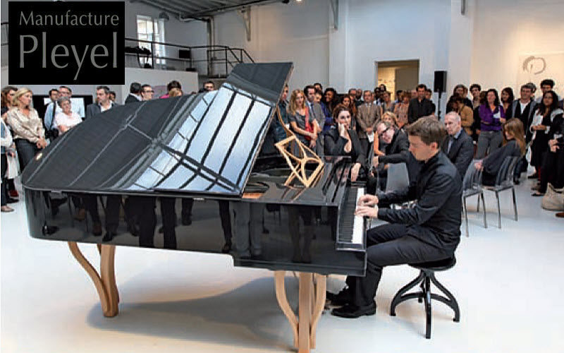 PIANOS PLEYEL  |