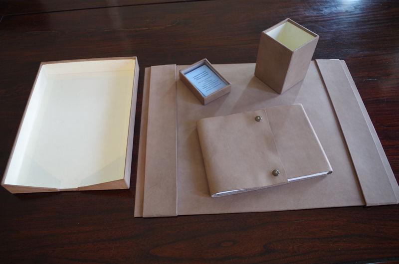 LEGATORIA LA CARTA Set de bureau Fournitures de bureau Papeterie Accessoires de bureau  |
