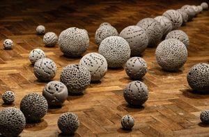NADÈGE MOUYSSINAT - le reste est silence - Sculpture