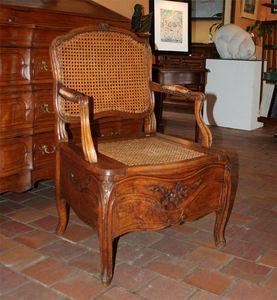 Galerie de Cr�cy -  - Chaise D'aisance
