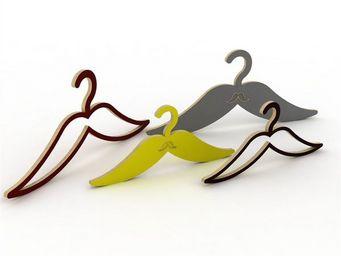 ESTAMPILLE 52 - cintre moustache évidée enfant blanc - Cintre