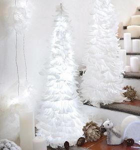 Blachere Illumination - sapin coniques plumes - Sapin De Noël Artificiel