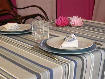 FLEUR DE SOLEIL - nappe enduite rayure gris bleu 160x160 - Nappe Rectangulaire