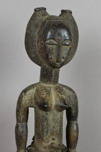 FARAFINA TIGNE - LA REALITE DE L'AFRIQUE -  - Statuette