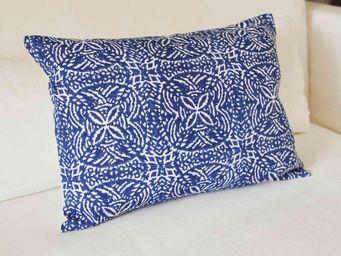 MAISON D'ETE - coussin uzès bleu 35x50 cm - Coussin Rectangulaire
