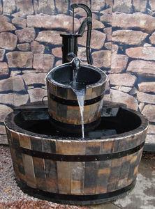 Ailsa Wood Products -  - Fontaine Centrale D'extérieur