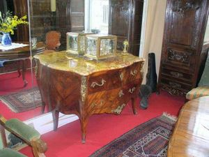 Antiquit�s FAUROUX - commode louis xv - Commode