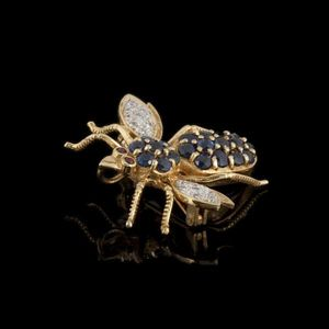 Expertissim - broche insecte en or jaune, saphirs, diamants et r - Broche