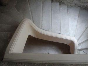 SECSTAFF -  - Escalier À Limon Central