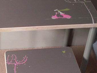 ICI LA TERRE - petit bureau en bois personnalisable napoli rose - Table Enfant