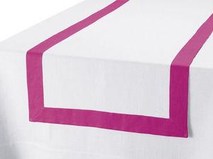 BLANC CERISE - vis-�-vis - lin d�perlant - bicolore, brod� - Chemin De Table
