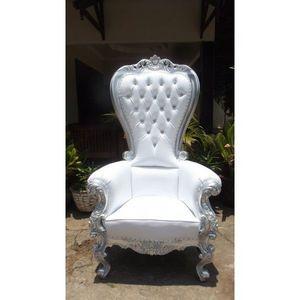DECO PRIVE - trone royal pour mariage argent et imitation cuir - Décor Évènementiel