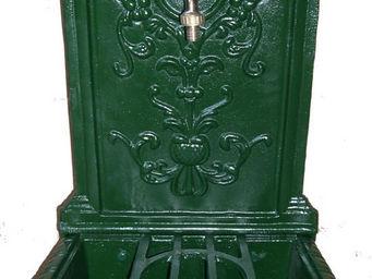 GRILLOT - fontaine belle �poque en fonte 45x43x77cm - Fontaine Centrale D'ext�rieur