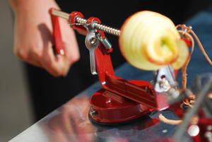Tellier - eplucheur trancheur vide-pomme ventouse 32x12,5x19 - Epluche Pomme