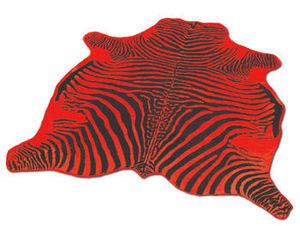WHITE LABEL - tapis en peau de vache rouge imprimé zébré noir - Peau De Vache