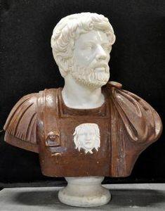 Demeure et Jardin - buste romain - Buste