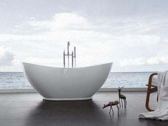 UsiRama.com - baignoire �lot ovale 1.75m x 0.85m - Baignoire Ilot