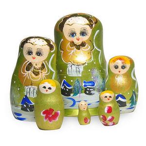 LA CHINEUSE -  - Poup�es Russes