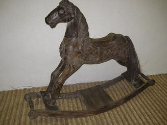 Lys Import -  - Cheval � Bascule