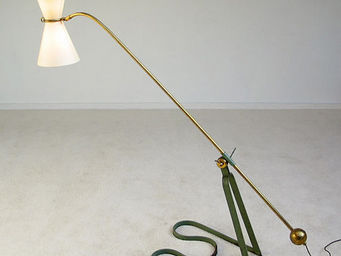 FURNITURE-LOVE.COM - equilibrium floor lamp pierre guariche 1951 - Lampe De Lecture