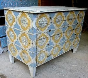 TRYFASIC -  - Commode