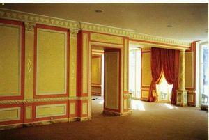 pique decor - boiserie patinée, plinthes et colonnes en faux mar - Boiserie