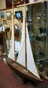 La Timonerie Antiquités marine - maquette bassin - Maquette De Bateau