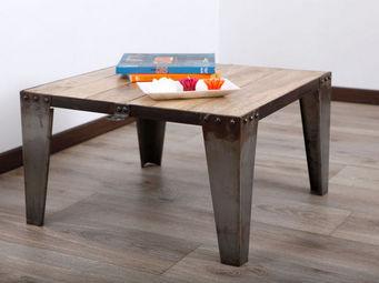 Miliboo - industria table basse - Table Basse Carrée