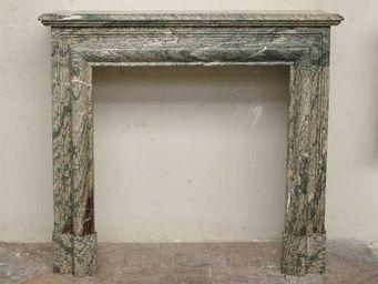 GALERIE MARC MAISON - cheminée de style louis xiv en marbre campan vert - Manteau De Cheminée