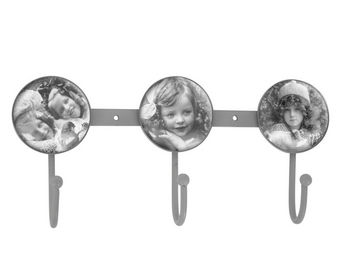 Mathilde M - crochet triple tendres pensées - Patère