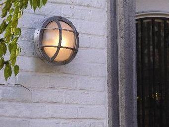 Epi Luminaires - lotus  - Applique D'extérieur