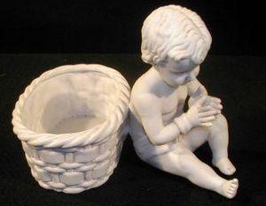 Demeure et Jardin - bébé biscuit - Figurine