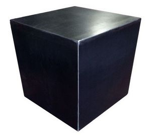 Mathi Design - cube design acier brut - Table Basse Forme Originale