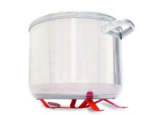WHITE LABEL - bonhomme rouge pose marmite dessous de plat rouge  - Dessous De Plat