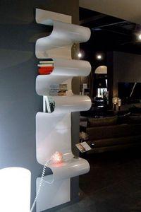 Mathi Design - aluminium plié - Etagère