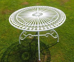 Demeure et Jardin -  - Table De Jardin Ronde
