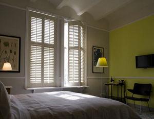 JASNO - shutters persiennes mobiles - Réalisation D'architecte D'intérieur Chambre À Coucher