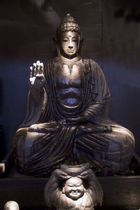 MAMBO ART - m&o 09 2009 - Bouddha