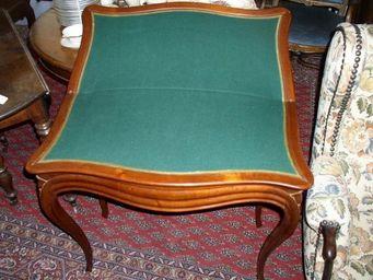 DS Antiquités - table à jeux en acajou pliable - Table De Jeux