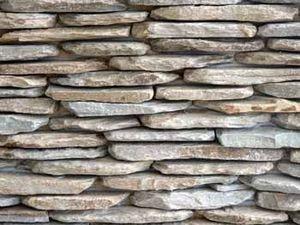 Ced - yellow quartz stone walling - Mur Muret