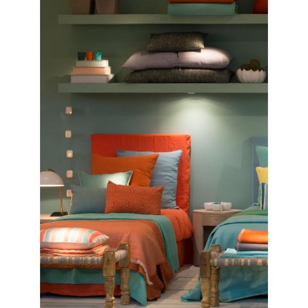 julia mandarine t te de lit blanc d 39 ivoire decofinder. Black Bedroom Furniture Sets. Home Design Ideas