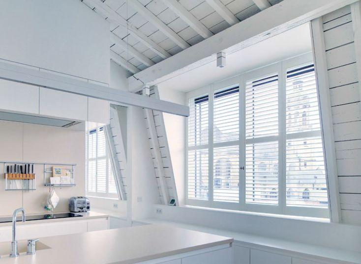 shutters persiennes mobiles baie vitr e blanc jasno. Black Bedroom Furniture Sets. Home Design Ideas