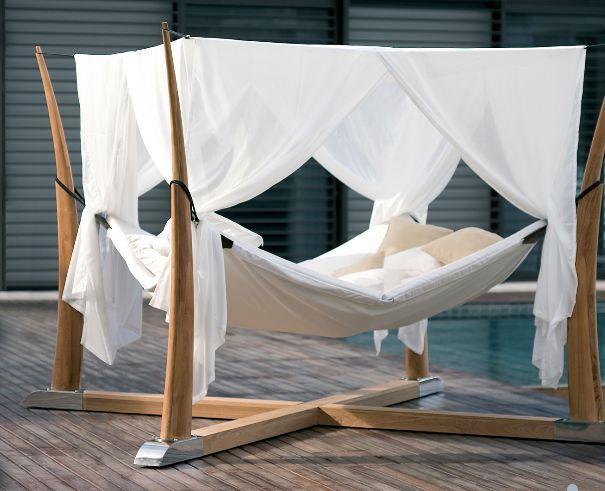 kokoon lit d 39 ext rieur naturel bois royal botania. Black Bedroom Furniture Sets. Home Design Ideas
