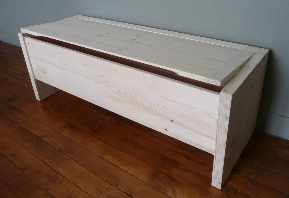 coffre de rangement en bois brut banc coffre aubry gaspard. Black Bedroom Furniture Sets. Home Design Ideas