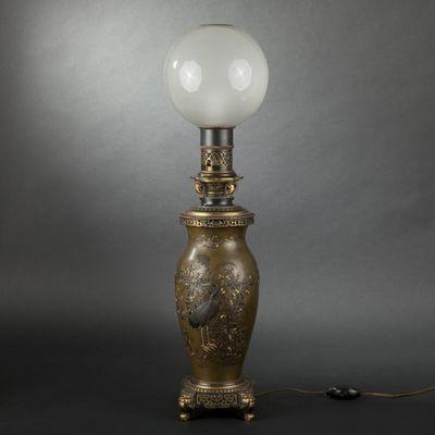 Expertissim - Lampe à pétrole-Expertissim-Lampe en bronze Napoléon III