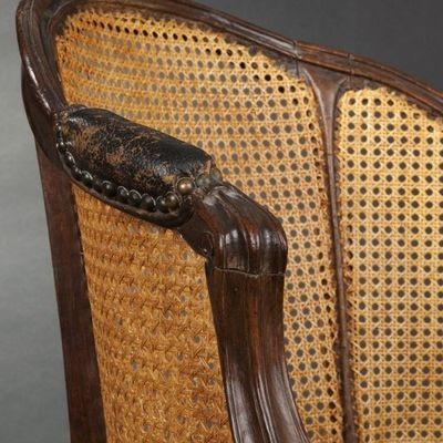 Expertissim - Fauteuil cabriolet-Expertissim-Fauteuil de bureau cann� d'�poque Louis XV