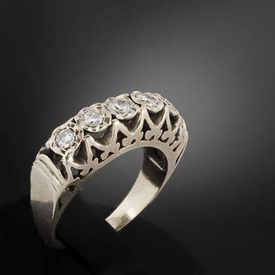 Expertissim - Bague-Expertissim-Bague jarretière en or et diamants
