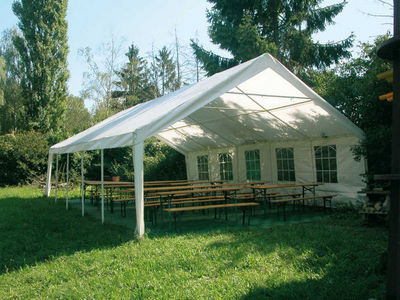 TRAUM GARTEN - Tente de réception-TRAUM GARTEN-Tonnelle de réception lotus en acier et polyéthylè