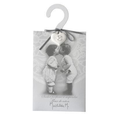 Mathilde M - Cintre-Mathilde M-Cintre Premier baiser, parfum Fleur de Coton