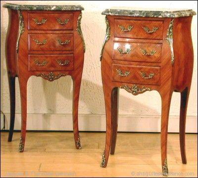 ANTIQUE GERMAIN - Table de chevet-ANTIQUE GERMAIN-TABLES DE CHEVET LOUIS XV